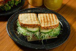 Sándwich de Panela y Espinacas