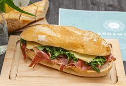 Sandwich Cardamomo Ibérico