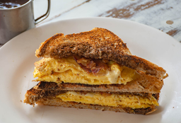 Sándwich de Omelette