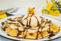 Waffle Banana Roll
