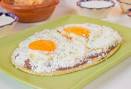 Huarache Con Dos Huevos