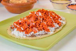 Huarache Con Chorizo