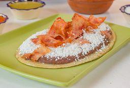 Huarache Con Tocino