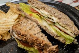 Sándwich Tres Quesos