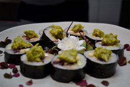 Sushi Fumiko Roll