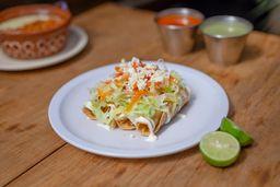 Taco Dorado con Frijol