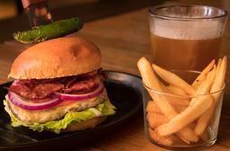 Tocino Burger con Cerveza ó Coca-Cola