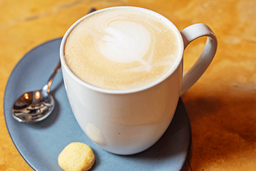 Café Illy Latte