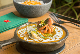 Curry Mariscos