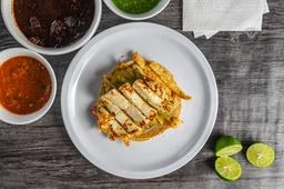 Taco Pollo con Nopal