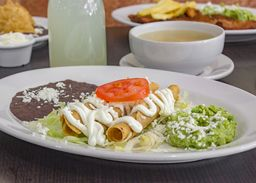 Tacos Dorados en Paquete