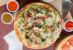 Pizza de Arúgula con Serrano