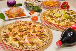 Combo de la Famiglia Pizza + Ensalada + Papas + Coca Cola 2 L