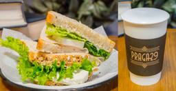Sandwich de Pavo y Panela + Chai Latte