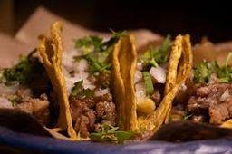 5 Tacos al Carbón