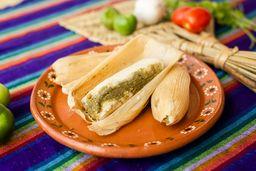 Tamal de Chile Verde en Hoja de Maíz