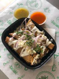 4 Tacos Dorados y Boing
