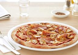 Pizza di Prosciutto Cotto e Funghi