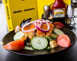 Garden chicken salad + refresco
