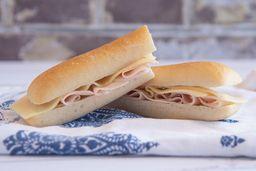 Sándwich de Ficelle de Pavo