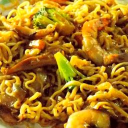 Noodles con Camarón