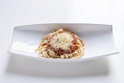 Fetuccini Bologñesa