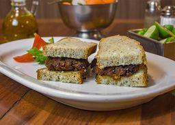 Sandwich de Hamburguesa Estilo Alemán