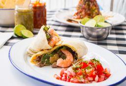 Burrito de Arrachera con Camarones