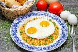 Arroz con Huevos Fritos