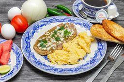 Huevos Revueltos con Huarache