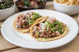 Tacos de Brisket Fronterizos
