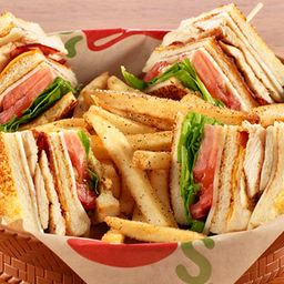 Cajun Club Sandwich de Pollo