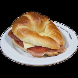 Croissant de Jamón Serrano
