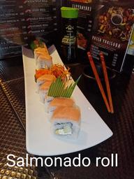 Salmonado Roll