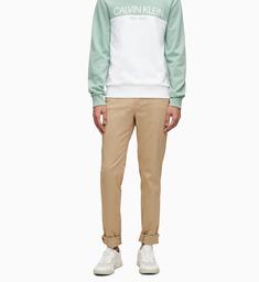 Chinos CK Sportswear Men Slim de Sarga Elastica K10K104974-PF2
