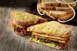 Sandwich de milanesa con queso