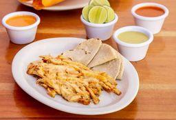 Tacos de Pollo con Queso