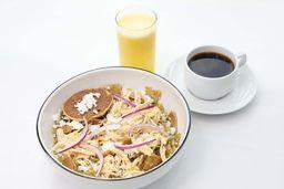 2x1 Paquete Desayuno Chilaquiles con Pollo