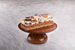 Amado Cake