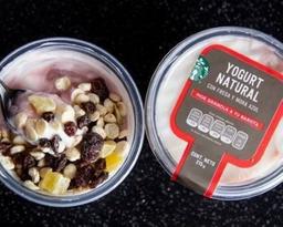 Yogurt Natural Fresa y Mora Azul