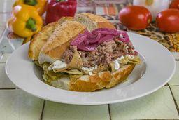 Torta de Chilaquiles con Bistek
