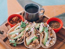 Tacos de Huevo con Machaca
