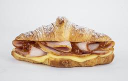 Holiday Croissant Recién Horneado