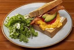 Egg Sándwich