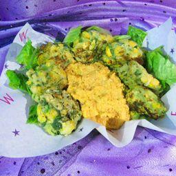 Nuggets Cósmicos y Hummus Chipotle
