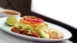 Enchiladas Encacahuatadas