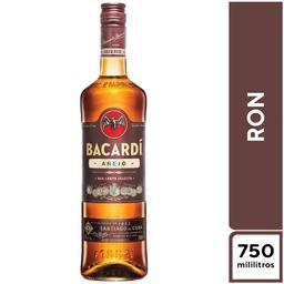 Bacardi Añejo 750 ml