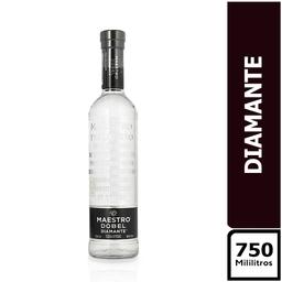 Maestro Dobel Diamante 750 ml
