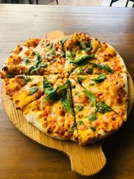 Pizza Albahaca y Pesto
