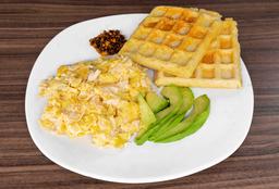 2 Waffles con Huevos al Gusto
